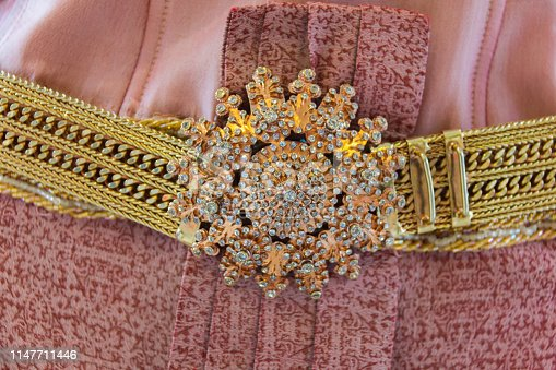 buckle with wedding thai style