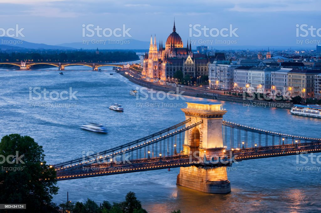 Cityscape Budapest au crépuscule - Photo de Architecture libre de droits