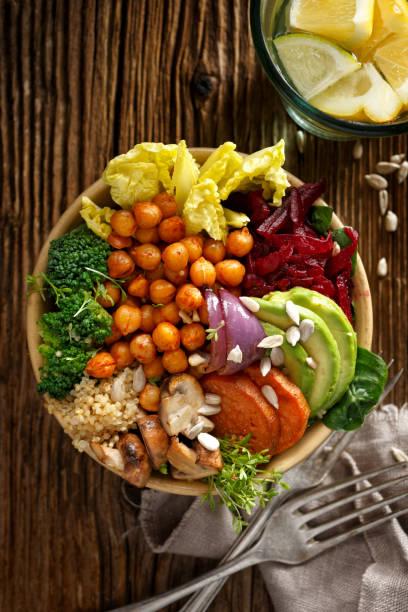 Bol de Bouddha, salade, repas sains et équilibrés végétalien - Photo
