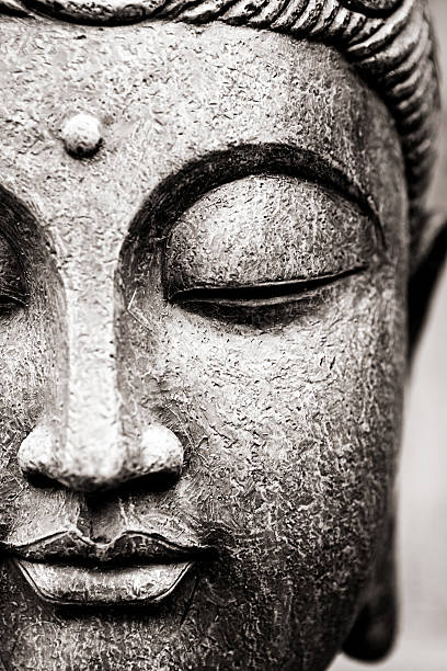 buddha face - buddha stockfoto's en -beelden