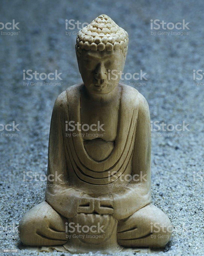 Buddha auf Sand bei Nacht Lizenzfreies stock-foto
