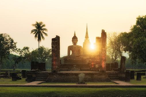istock Buddha Statue at Wat Mahathat in Sukhothai Historical Park 638309344
