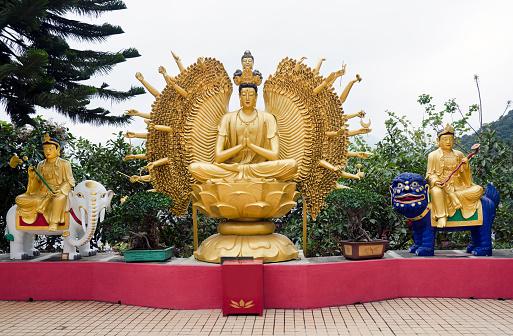 909806032 istock photo Buddha with Thousands Arms Sha Tin Monastery 471374497