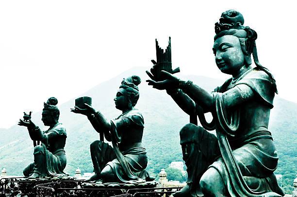 Buddhistische Skulpturen – Foto
