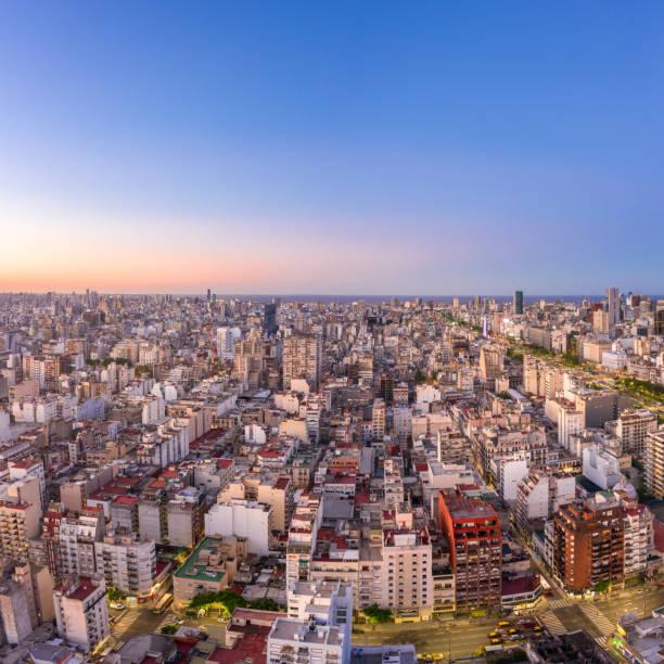 Buenos Aires, Argentina vista aérea de Monserrat. - foto de stock