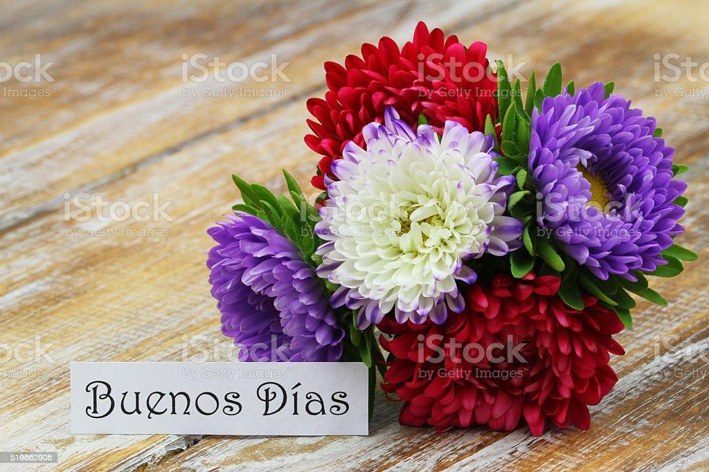 Foto De Buenos Dias Com Coloridas Flores De áster E Mais