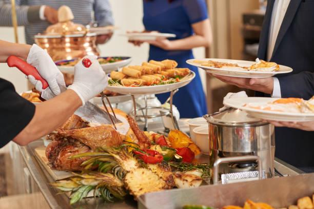buffet - muita comida imagens e fotografias de stock