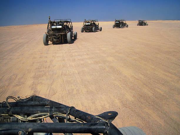 Dziecięcy safari po pustyni – zdjęcie