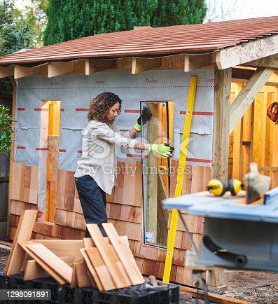 istock building a garden room 1298091891