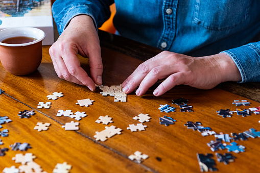 Building a jigsaw puzzle