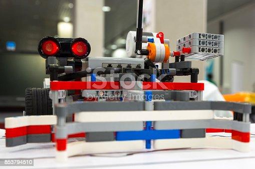 865870702 istock photo Building blocks remote control robot 853794510