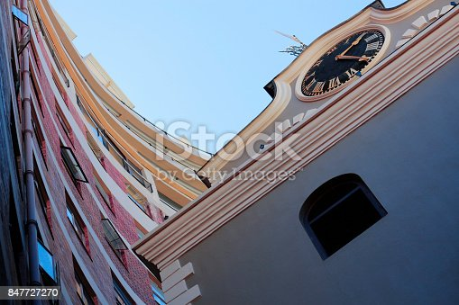 istock Building church exterior feature cityscape windows clock wall apartments architecture 847727270