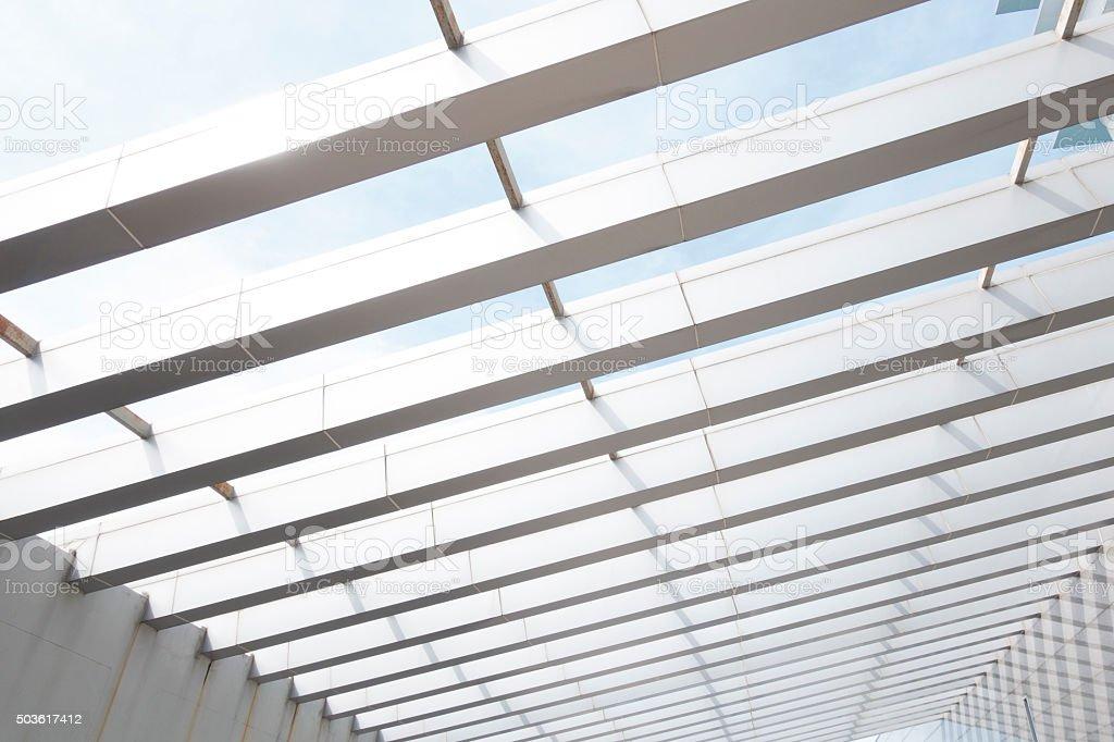 Gebäude Konstruktion Aus Stahl Rahmen Im Freien - Stockfoto   iStock