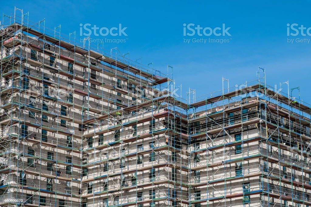 Bau Baustelle mit Gerüst – Foto