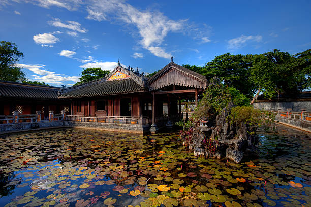 Building in the Imperial City of Hue, Vietnam Imperial city (citadel), Hue, Vietnam huế stock pictures, royalty-free photos & images