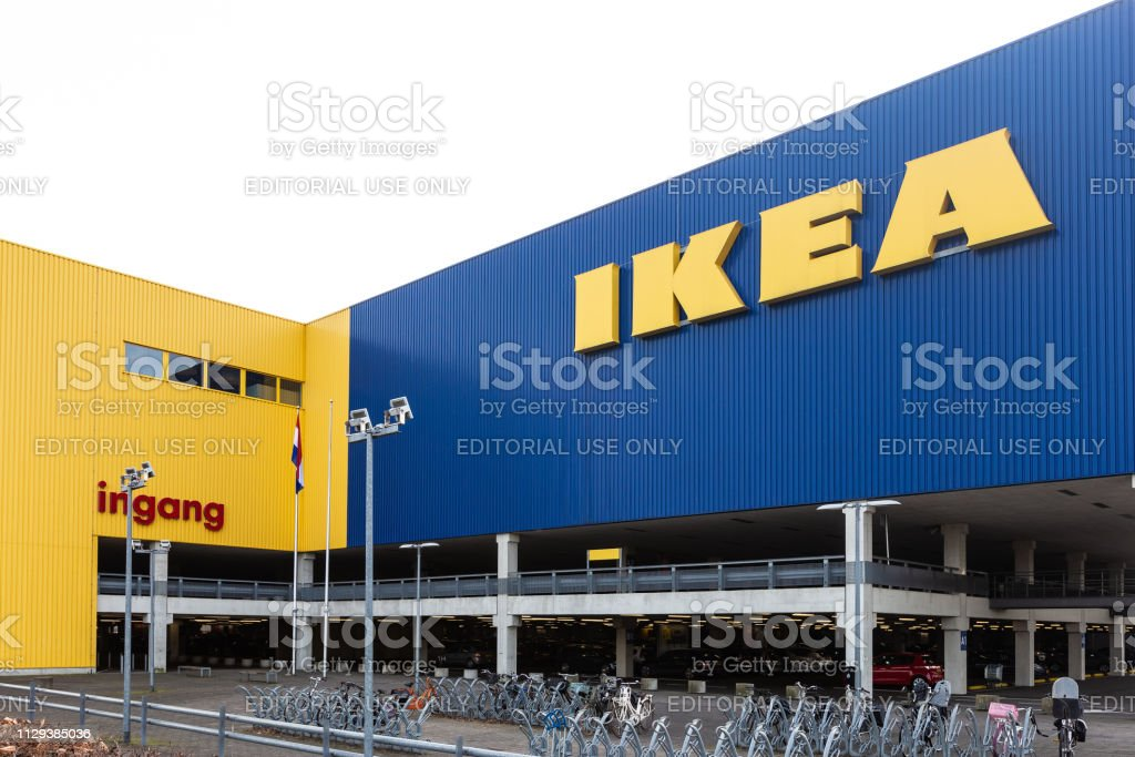 Gebouw van de IKEA-winkel in Amersfoort, Nederland foto