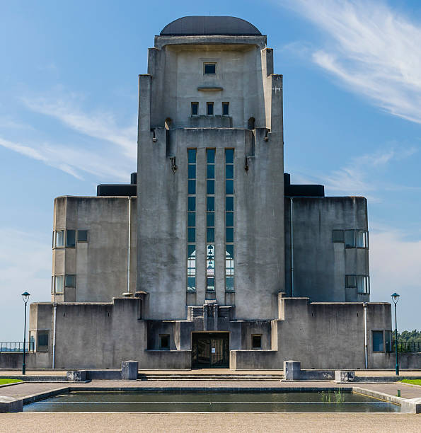 Building Radio Kootwijk The architectural and concrete building of the transmitter Radio Kootwijk near Apeldoorn, The Netherlands. 1910 1919 stock pictures, royalty-free photos & images