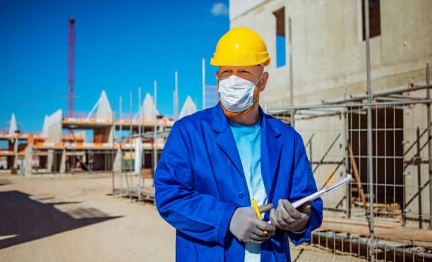 Baustellenleiter mit Corona-Praktiken – Foto