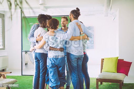 istock Building team cohesion 1021684852