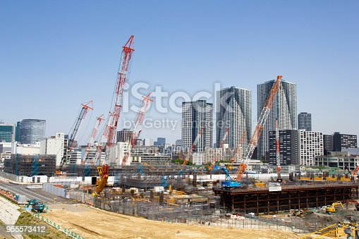 1188904934 istock photo Building the 2020 Olympic Village, Harumi, Tokyo 955573412