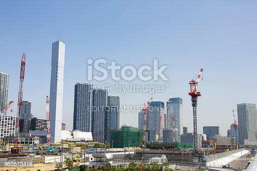 1188904934 istock photo Building the 2020 Olympic Village, Harumi, Tokyo 955573416