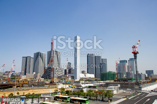 1188904934 istock photo Building the 2020 Olympic Village, Harumi, Tokyo 955573420