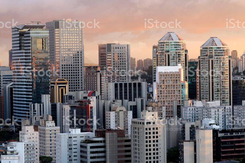 Construcción de la ciudad de Sao Paulo, Brasil Sudamérica foto de stock libre de derechos