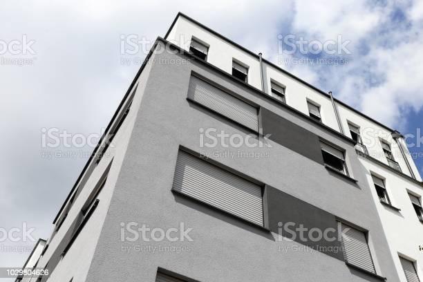 Gebäude Mit Moderner Fassade Malerei Stockfoto und mehr Bilder von Anstreicher