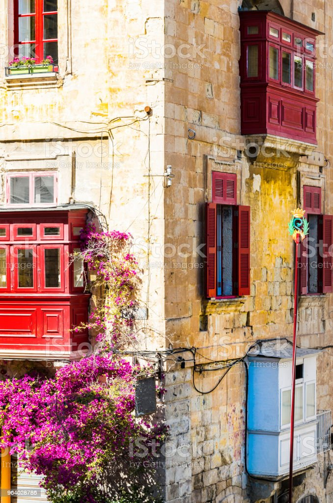 Building with traditional colorful maltese balcony - Royalty-free Abandoned Stock Photo