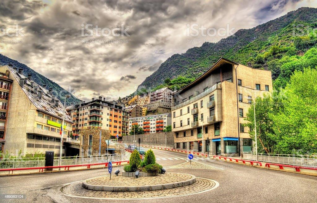 Edifícios em Andorra la Vella, a capital de Andorra - foto de acervo