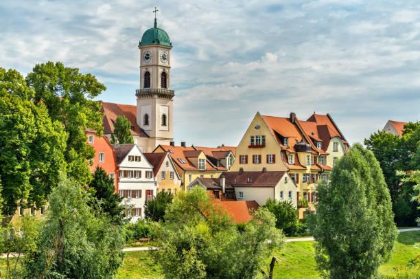 gebäude in der altstadt von regensburg, deutschland - regierungsbezirk schwaben stock-fotos und bilder