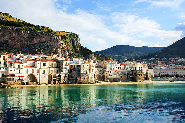 Buildings on the coast of Cefalu, Palermo - foto stock
