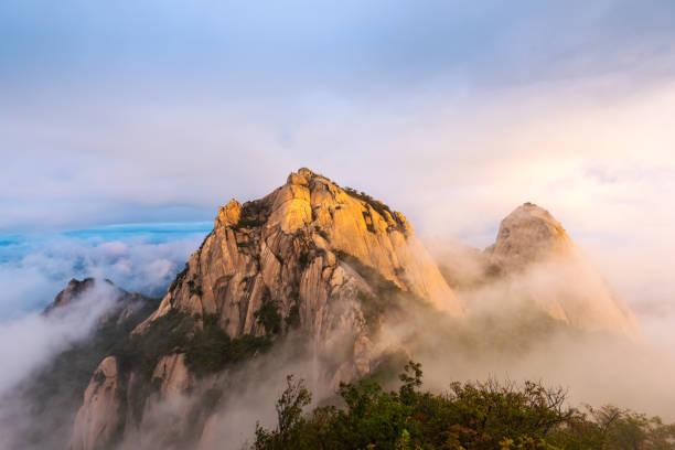 Parque Nacional de Bukhansan en Seúl, Corea del sur - foto de stock
