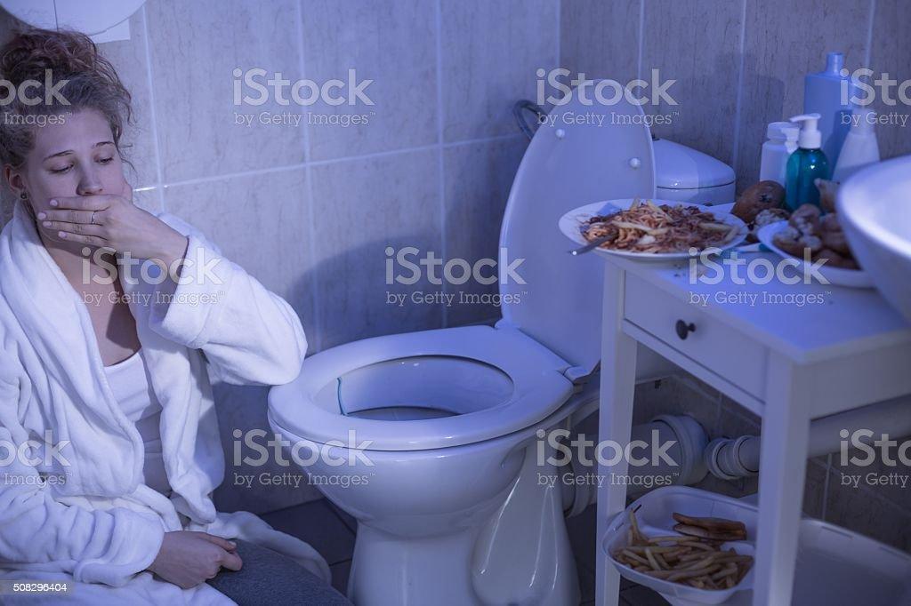 Bulimia nervosa Vômito - foto de acervo