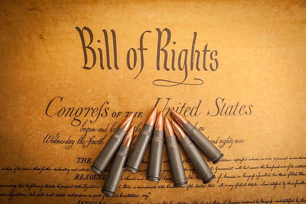 las viñetas que aparecen en la lista de los derechos, gire a la derecha en brazos - civil rights fotografías e imágenes de stock
