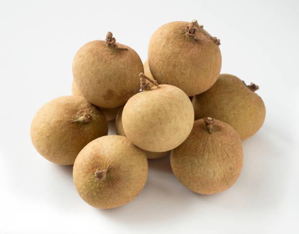 Bündel von frischem Obst Longan. – Foto