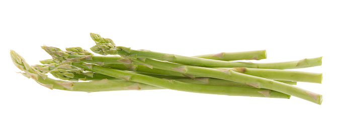 istock Bunch of green asparagus isolated on white background 817663576