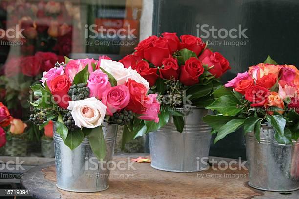 Bunches of roses picture id157193941?b=1&k=6&m=157193941&s=612x612&h=d7wkud6ztmoik2mxdgmuwjg25sd0hzqolubnnwvgmjq=