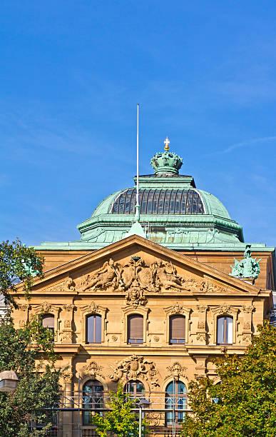 bundesgerichtshof (bgh - karlsruhe schloss stock-fotos und bilder