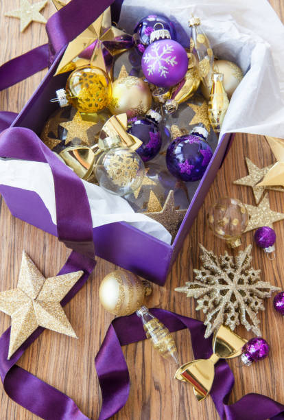 bunte dekoration zu weihnachten - weihnachten stok fotoğraflar ve resimler
