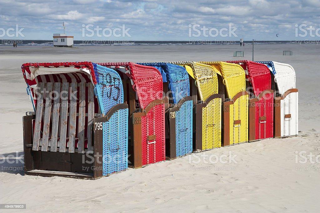 Bunte Strandkörbe stock photo