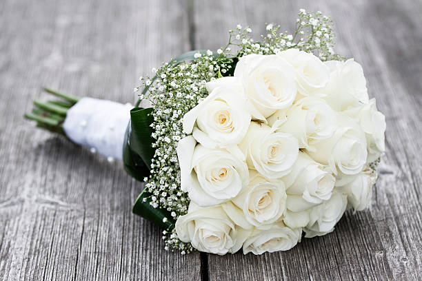 164 065 White Rose Bouquet Stock Photos Pictures Royalty Free Images Istock