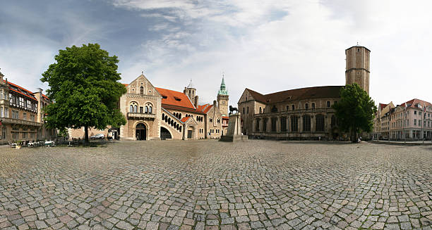 Burgplatz Mit Burglöwe in Braunschweig – Foto