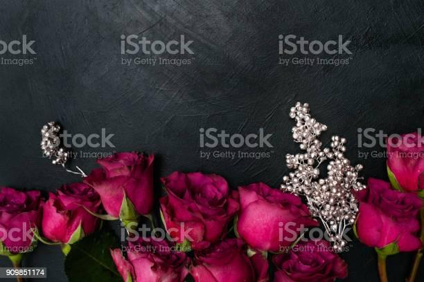 Burgundy red roses dark background gothic style picture id909851174?b=1&k=6&m=909851174&s=612x612&h=ikfxegds113g1g zcqfe3mmuyd qnk5nlicclfmtt9o=
