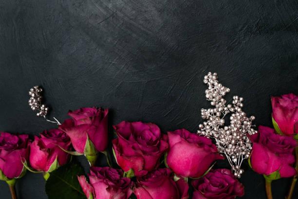 Burgundy red roses dark background gothic style picture id909851174?b=1&k=6&m=909851174&s=612x612&w=0&h=jpec8bofzuiiemg g6trwymuxtvv7klxku87p2xyrh4=