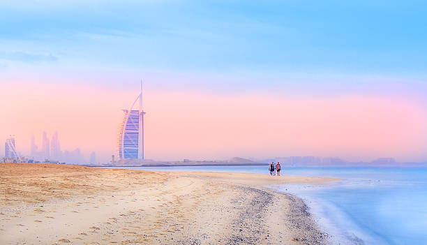 burj al arab - jumeirah stock-fotos und bilder