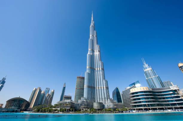 Burj Khalifa Dubai Dubai, United Arab Emirates - 02 Januari, 2018: The Burj Khalifa in the center of Dubai is the tallest building in the world with 828 meters high. burj khalifa stock pictures, royalty-free photos & images
