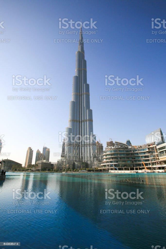 Edificio Burj Khalifa En Dubai El Más Alto Del Mundo - Fotografía de ...