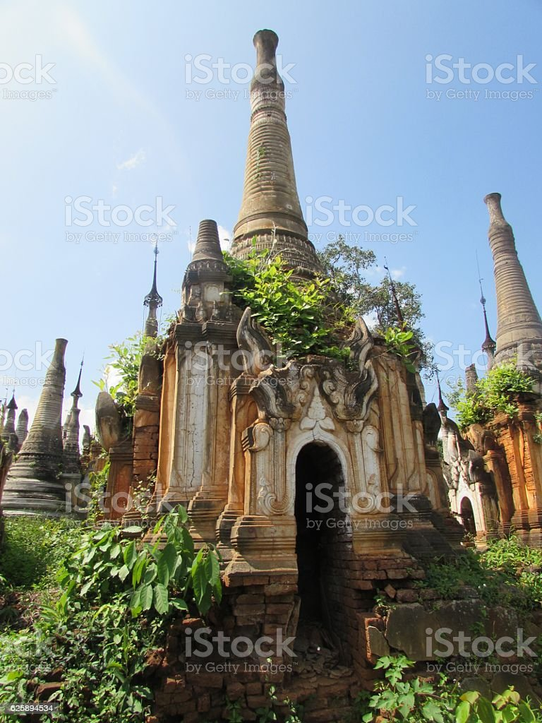 Burmesse Old Pagoda of Inle Lake stock photo