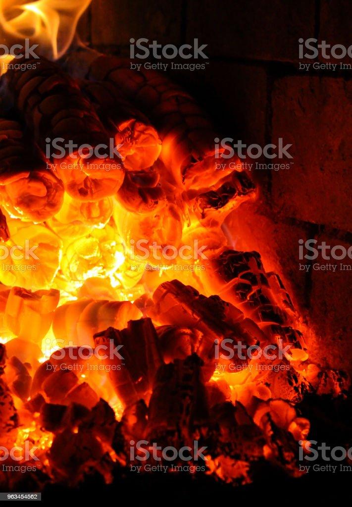 Kömür yakma fırını içinde - Royalty-free Ahşap Stok görsel